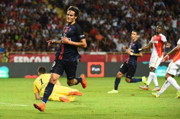 epa04905976 Edison CAVANI of Paris Saint Germain celebrates his second goal during the French Ligue 1 soccer match, AS Monaco vs PSG , at the Louis II Stadium, Monaco, 30 August 2015.  EPA/OLIVIER ANRIGO