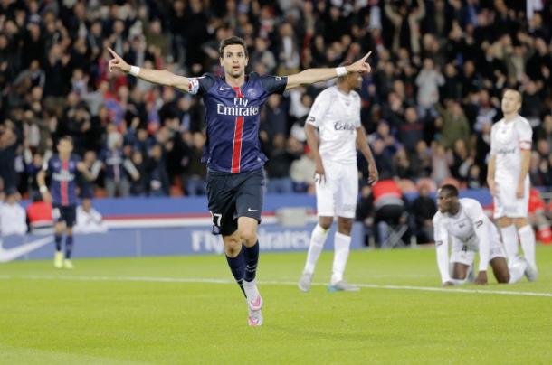 Javier Matias Pastore (psg) marque le 1er but - joie